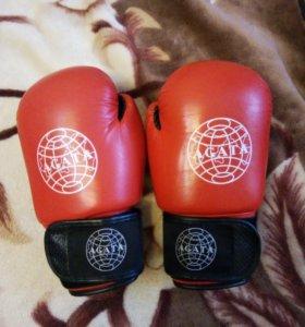 Перчатки боксёрские №10