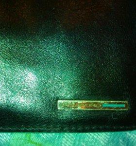Мужской кошелек(фирменый)