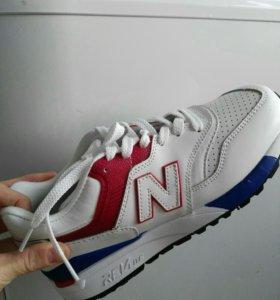Кожанные кроссовки NB