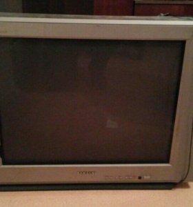 Телевизор Samsung 28дюймов ( 71см)
