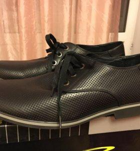 Ботинки мужские летние кожаные 44 размера новые