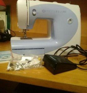 Швейная машина Bernette 2055