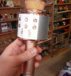 Микрофон беспроводной караоке золотой