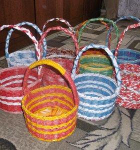 Плетеные корзинки и шкатулки из газет и журналов