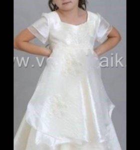 Детское платье праздничное 5-6 лет