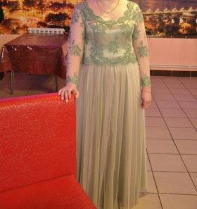 Платье вечерне-свадебное ручной работы