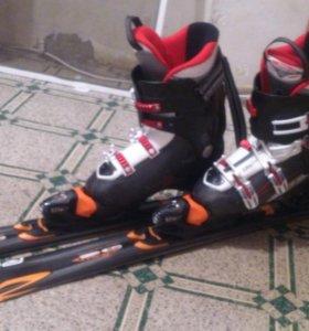 лыжи горные с креплением и ботинками