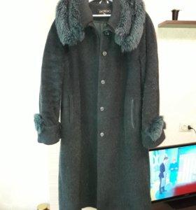 Зимнее пальто р-р 52-54