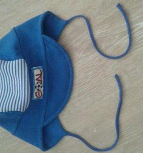 Легкая шапка-кепка