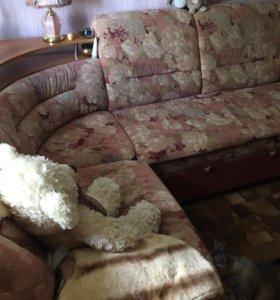 Стенка , магний угловой диван