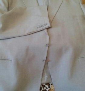 Пиджак мужской большого размера,темный и светлый.