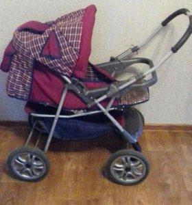 Детская коляска три положеня.