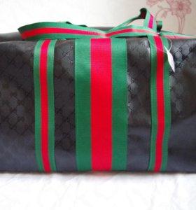 Спортивная сумка Gucci