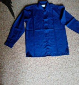 Рубашки на мальчика 12-14  и 7 лет