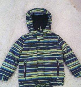 Куртка демисезонная новая futurino
