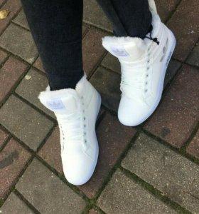Продам кросовки новые Зима