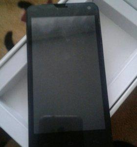 Телефон Fly и Huawei