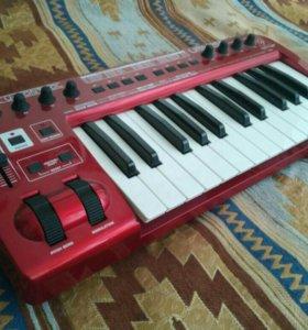 USB/midi клавиатура Behringer UMX250