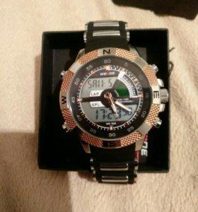 Часы новые WAIDE
