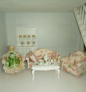Кукольная мебель: Диван, два кресла и столик 1:12