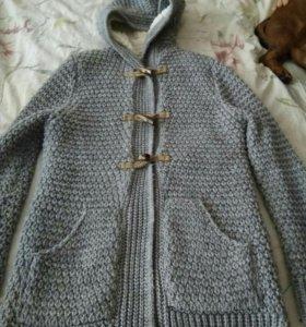 Пальто вязаное теплое