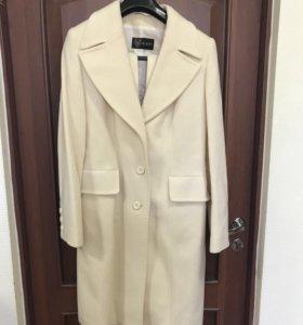 Женское пальто Acasta
