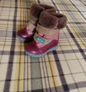 Ботинки зимние новые натуральные