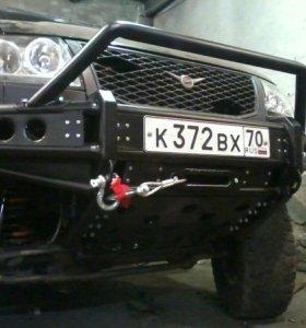 Передний силовой бампер на УАЗ