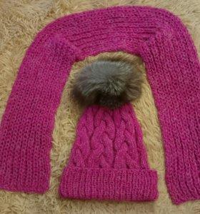 Вязаная шапка с косами,вязаный шарф ручной работы.