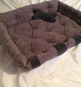 Лежанка для собаки (новая)