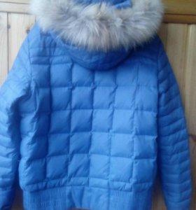 Куртка  зимняя - пуховик.