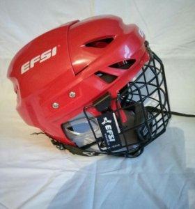 шорты и шлем хоккейные