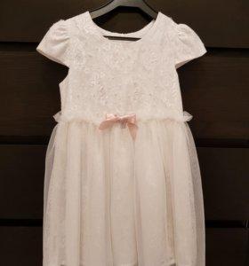 Платье нарядное для девочки р.116-122