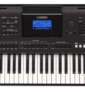 Yamaha PSR-E453 *