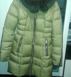 Зимний пуховик,одет пару раз