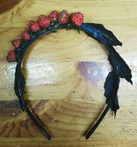 Ободок с ягодами.