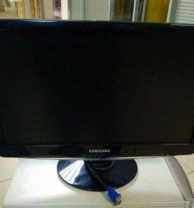 Монитор Samsung SyncMaster B2030N