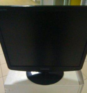 Монитор Samsung SyncMaster 932B