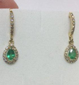 Серьги золотые с изумрудами и бриллиантами