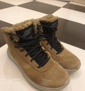 Зимние ботинки SKETCHERS