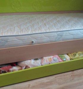Детская кровать-диванчик+матрас