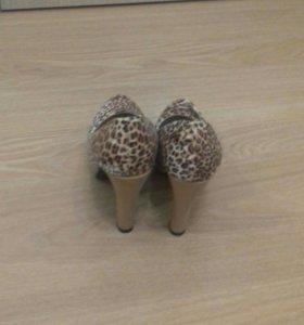 Туфли! 37 размер!!