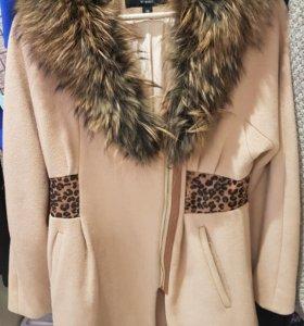 Пальто ZAAL с мехом