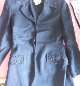 пиджак чёрный с вышивкой