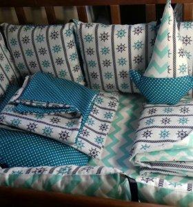 Бортики в кроватку с постельным бельем