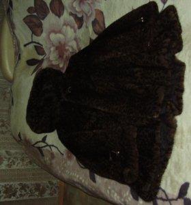шуба с капюшоном расклешенная леопардового цвета
