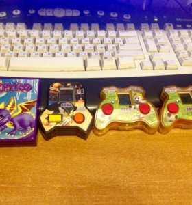 Портативные видеоигры Sonic (SEGA), Spyro (Спайро)