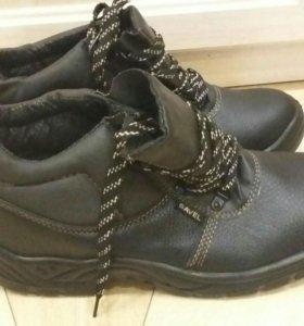 Новые ботинки р.45