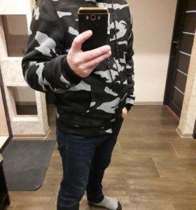 Новая толстовка куртка  утепленная