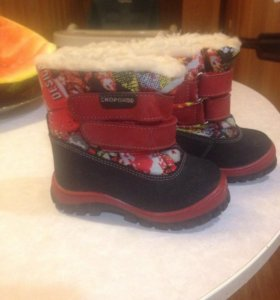 Ботинки зимние р-р21